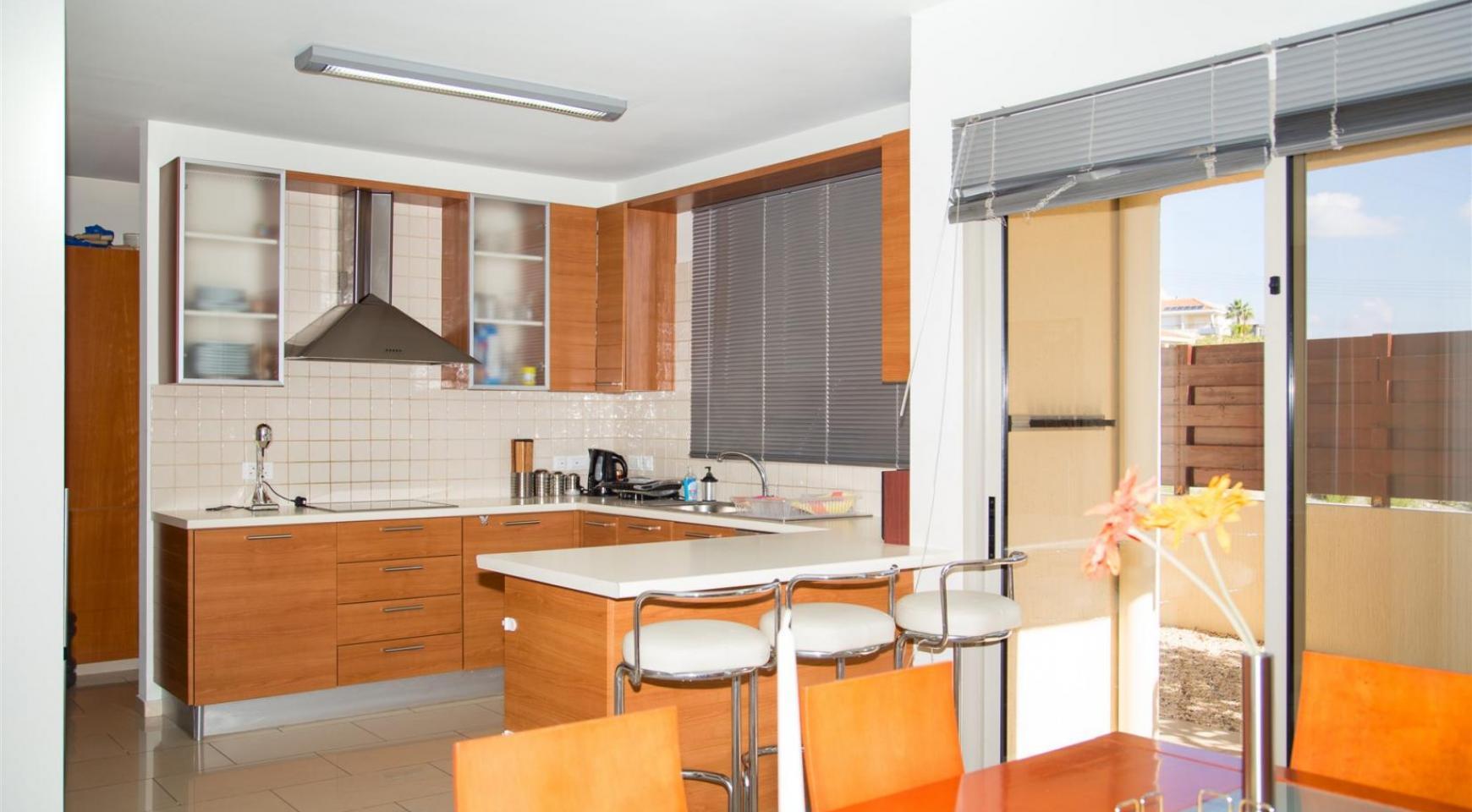 Modern Luxury 4 Bedroom Villa in Sfalagiotisa, Agios Athanasios - 23
