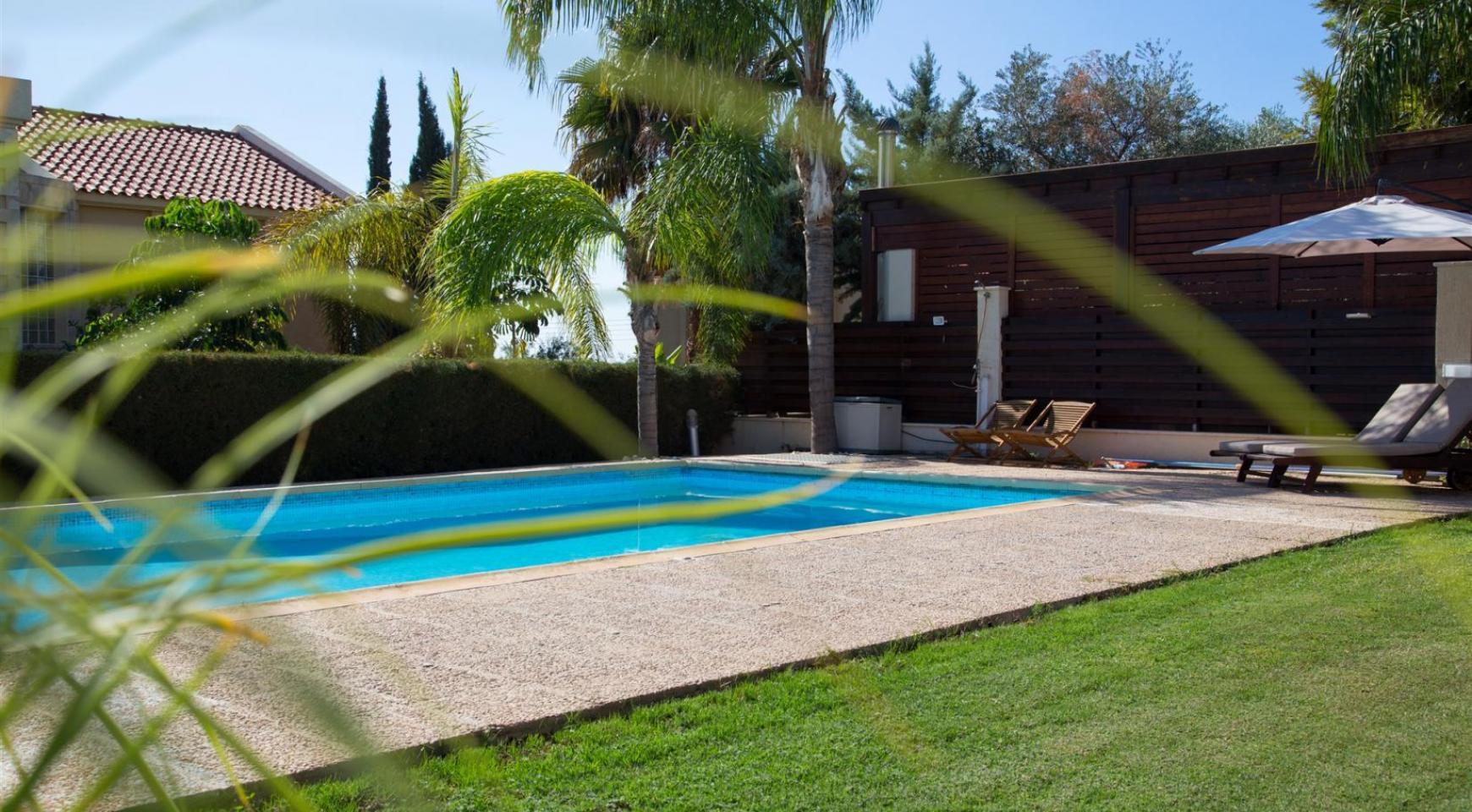 Modern Luxury 4 Bedroom Villa in Sfalagiotisa, Agios Athanasios - 7