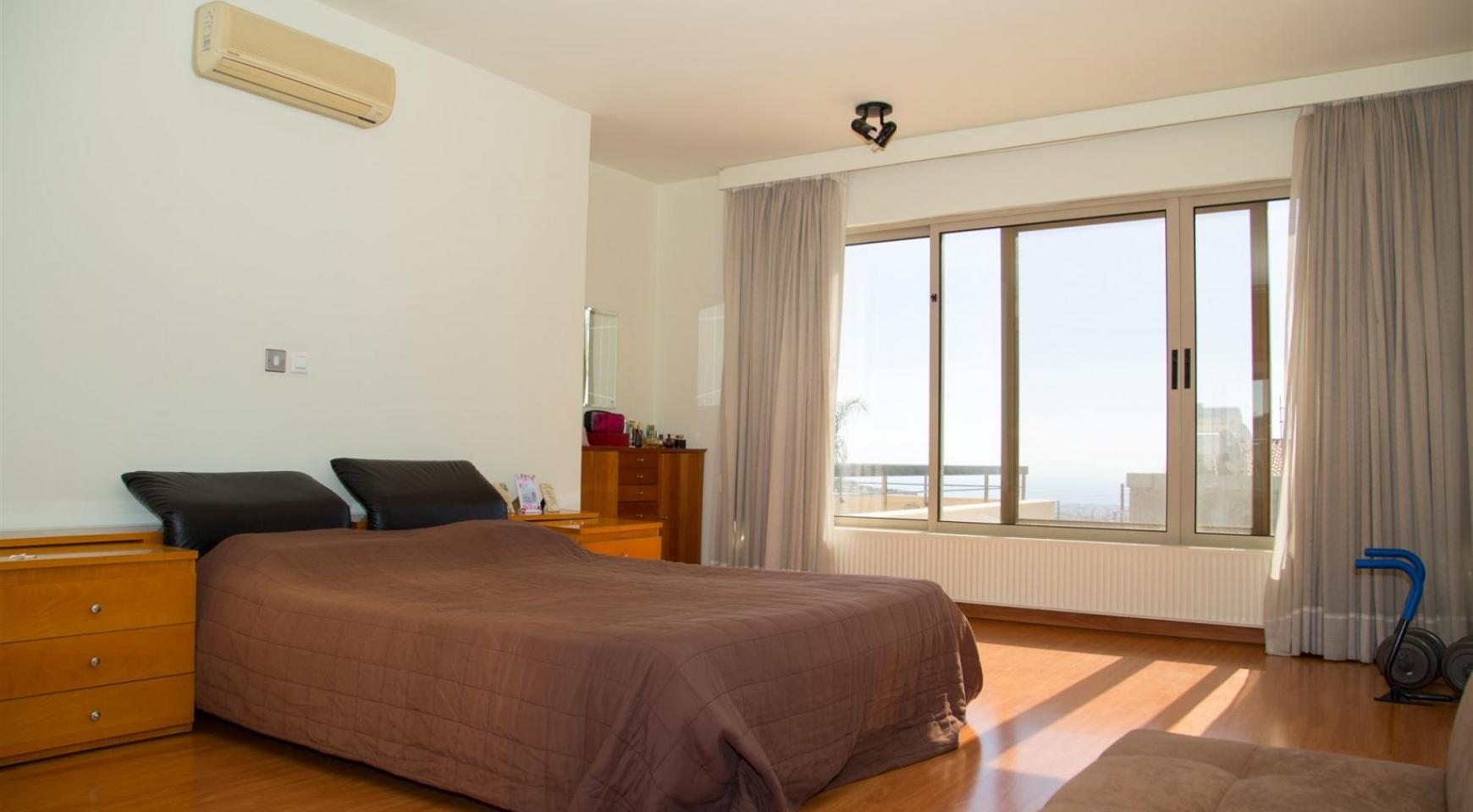 Modern Luxury 4 Bedroom Villa in Sfalagiotisa, Agios Athanasios - 31