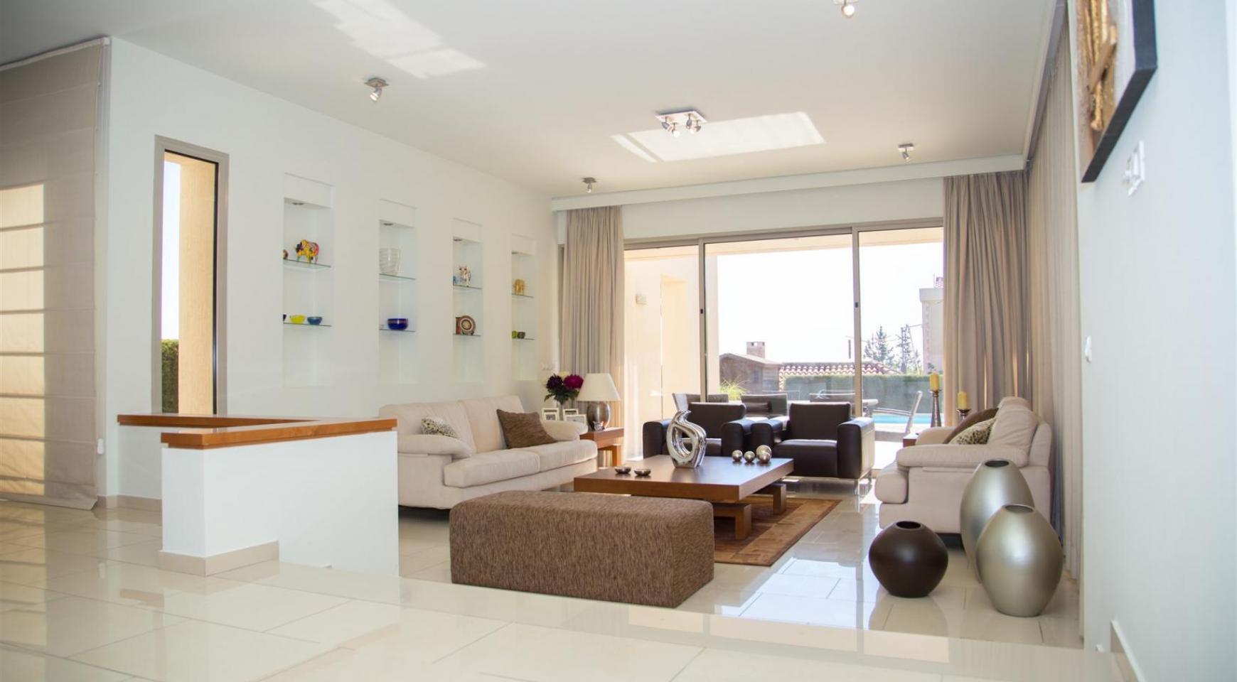 Modern Luxury 4 Bedroom Villa in Sfalagiotisa, Agios Athanasios - 15