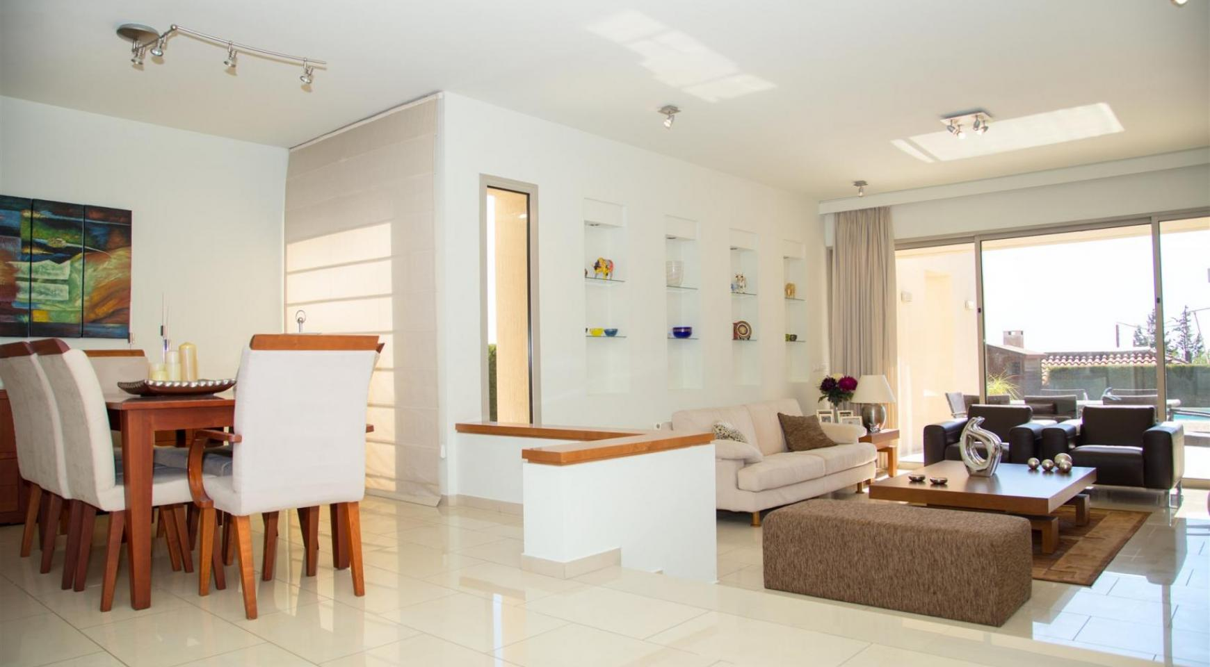 Modern Luxury 4 Bedroom Villa in Sfalagiotisa, Agios Athanasios - 14