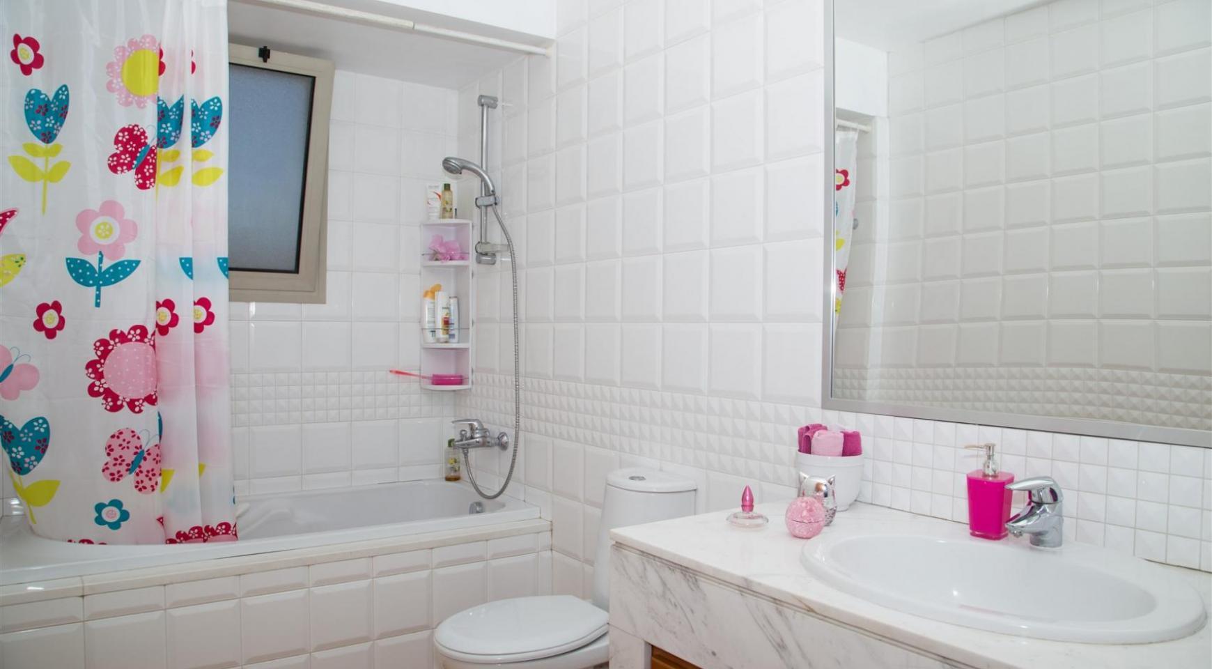 Modern Luxury 4 Bedroom Villa in Sfalagiotisa, Agios Athanasios - 28