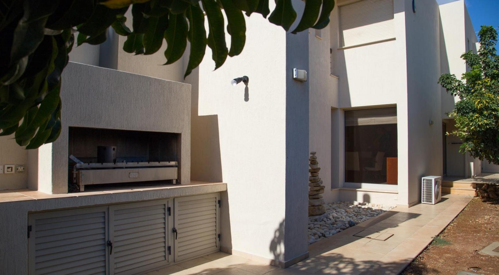 Modern Luxury 4 Bedroom Villa in Sfalagiotisa, Agios Athanasios - 10