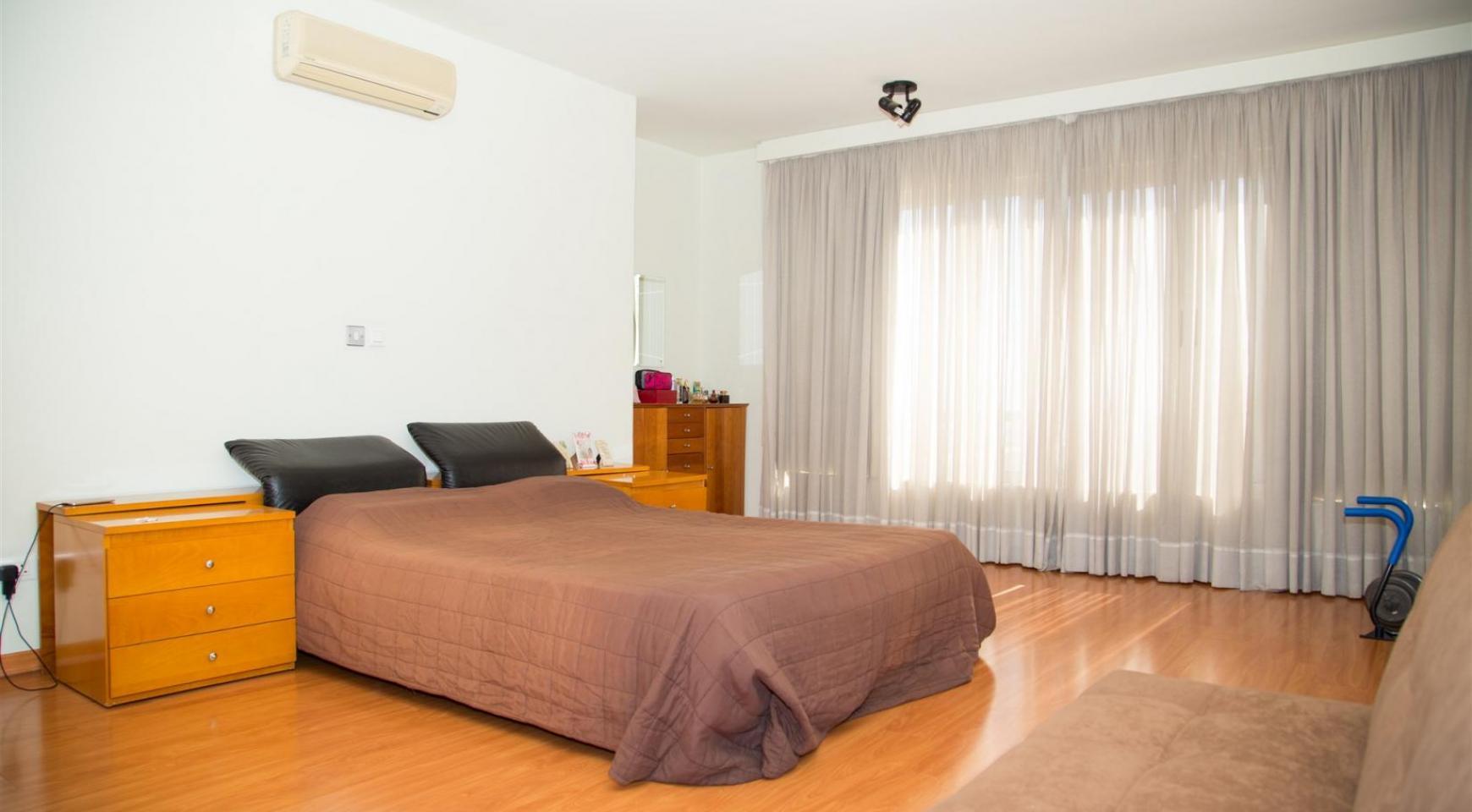 Modern Luxury 4 Bedroom Villa in Sfalagiotisa, Agios Athanasios - 29