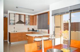 Modern Luxury 4 Bedroom Villa in Sfalagiotisa, Agios Athanasios - 57