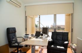 Modern Luxury 4 Bedroom Villa in Sfalagiotisa, Agios Athanasios - 66
