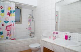 Modern Luxury 4 Bedroom Villa in Sfalagiotisa, Agios Athanasios - 62