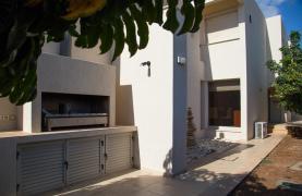 Modern Luxury 4 Bedroom Villa in Sfalagiotisa, Agios Athanasios - 44
