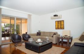 Modern Luxury 4 Bedroom Villa in Sfalagiotisa, Agios Athanasios - 54