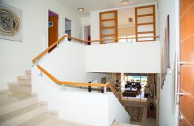 Modern Luxury 4 Bedroom Villa in Sfalagiotisa, Agios Athanasios - 67