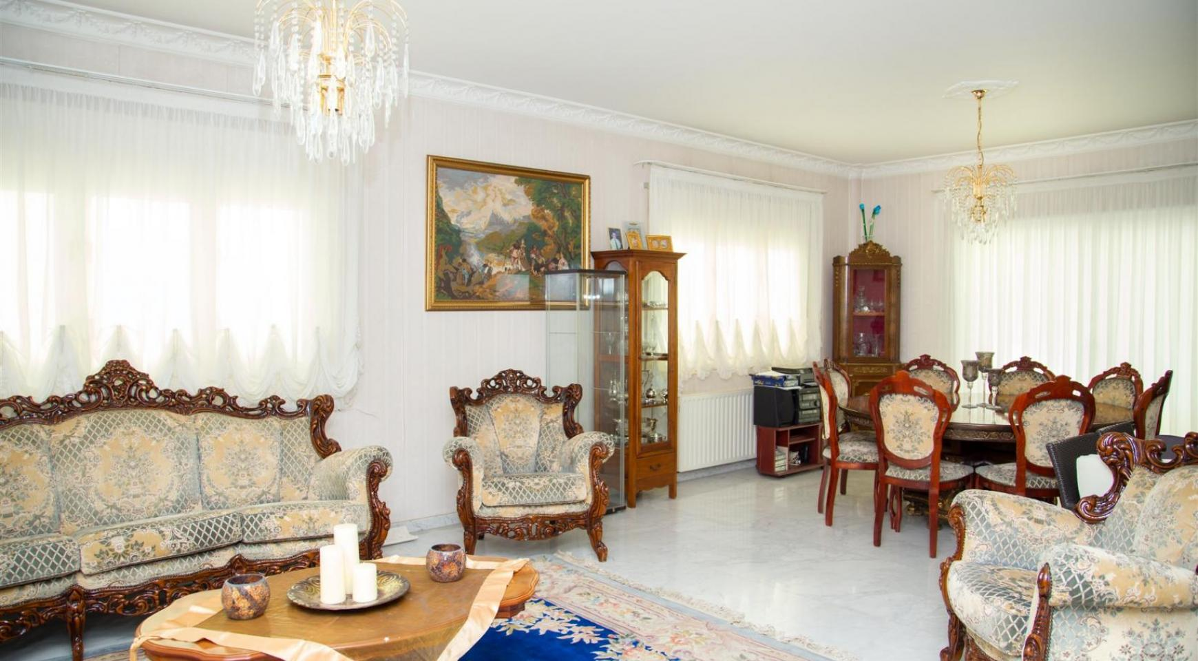 Spacious 4 Bedroom Villa in Germasogeia - 8