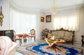 Spacious 4 Bedroom Villa in Germasogeia - 37