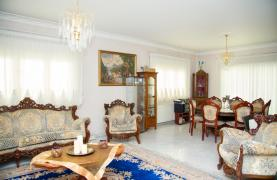 Spacious 4 Bedroom Villa in Germasogeia - 34