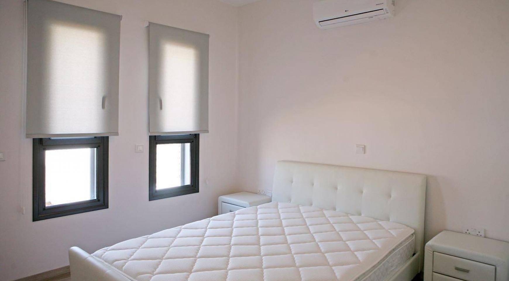 New Contemporary 3 Bedroom House in Central Location - 11