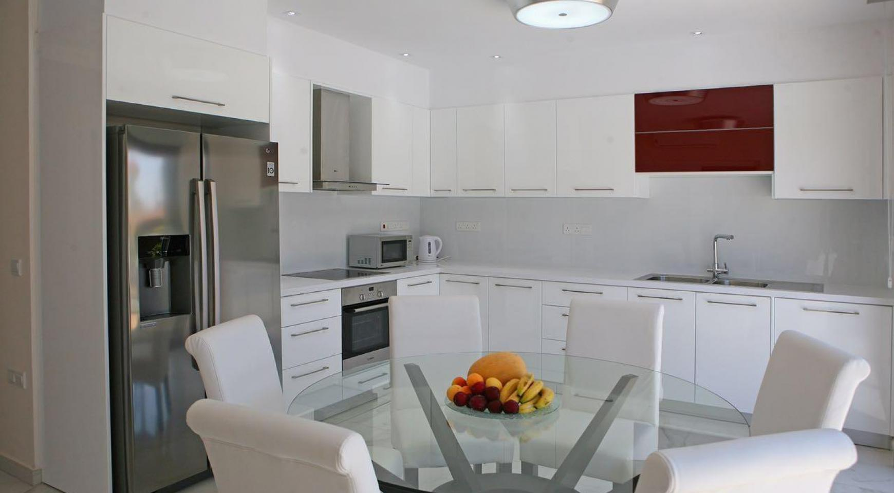 New Contemporary 3 Bedroom House in Central Location - 5