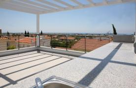 New Contemporary 3 Bedroom House in Central Location - 26