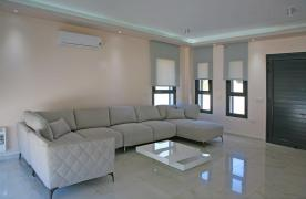 New Contemporary 3 Bedroom House in Central Location - 25