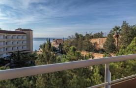 2 Bedroom Duplex Apartment in a Prestigious Complex near the Sea - 28