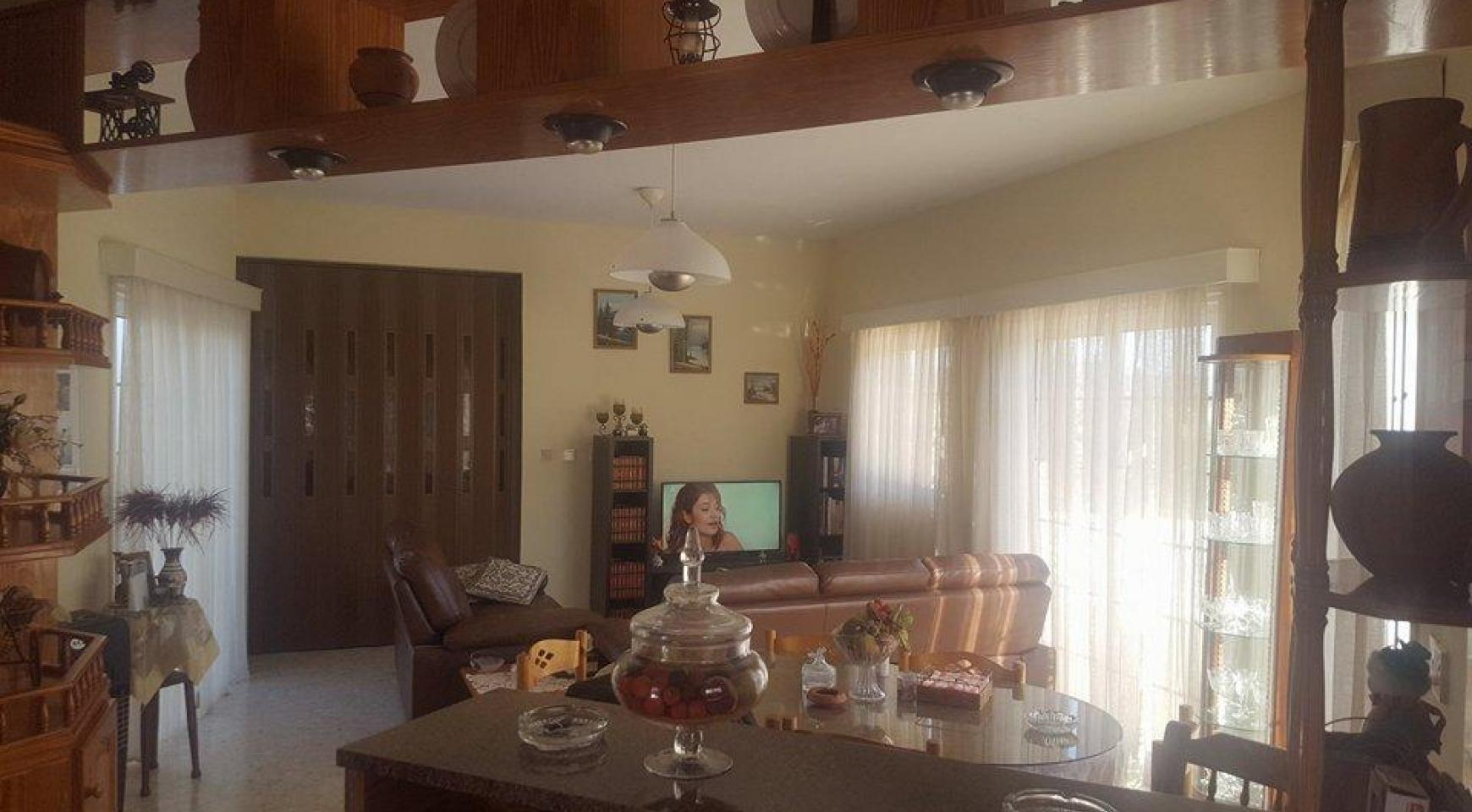 3 Bedroom Villa in Cape Greco - 4