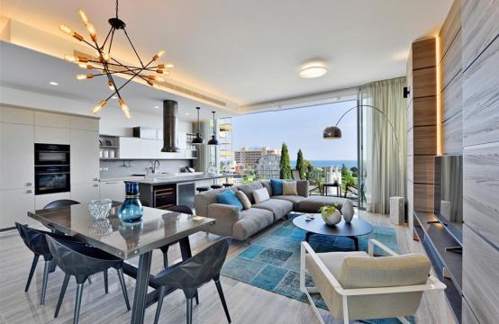Πολυτελές διαμέρισμα 2 υπνοδωματίων με ταράτσα στο νεόδμητο συγκρότημα