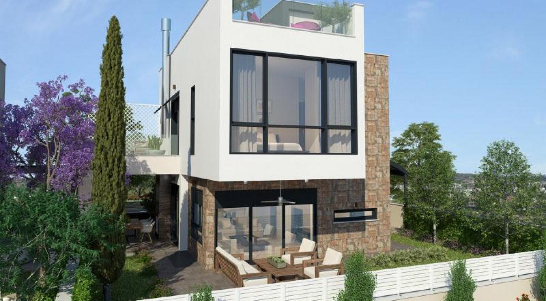 Luxurious 4 Bedroom Villa in a Prestigious Complex near the Sea - 1