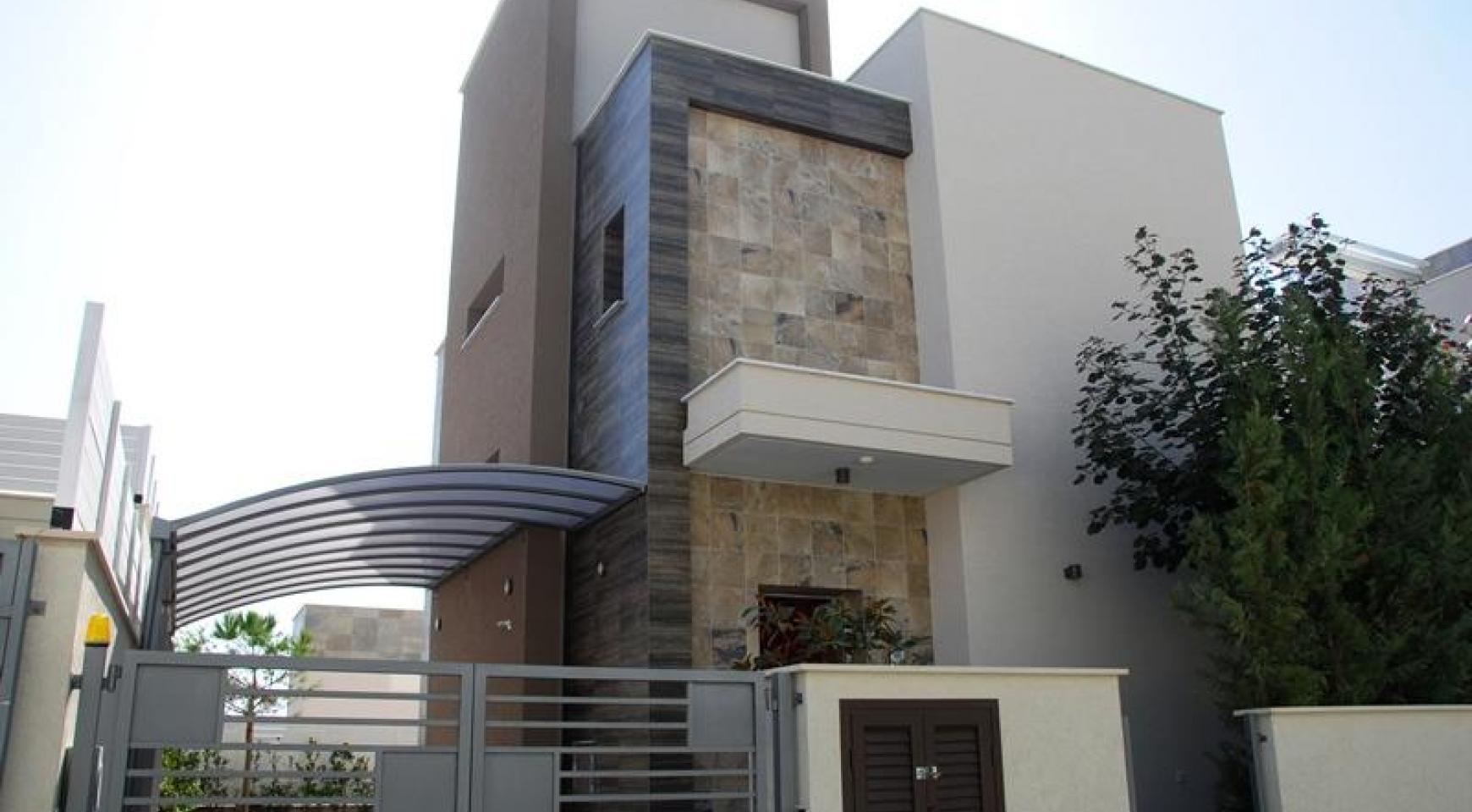 Luxurious 4 Bedroom Villa in a Prestigious Complex near the Sea - 2