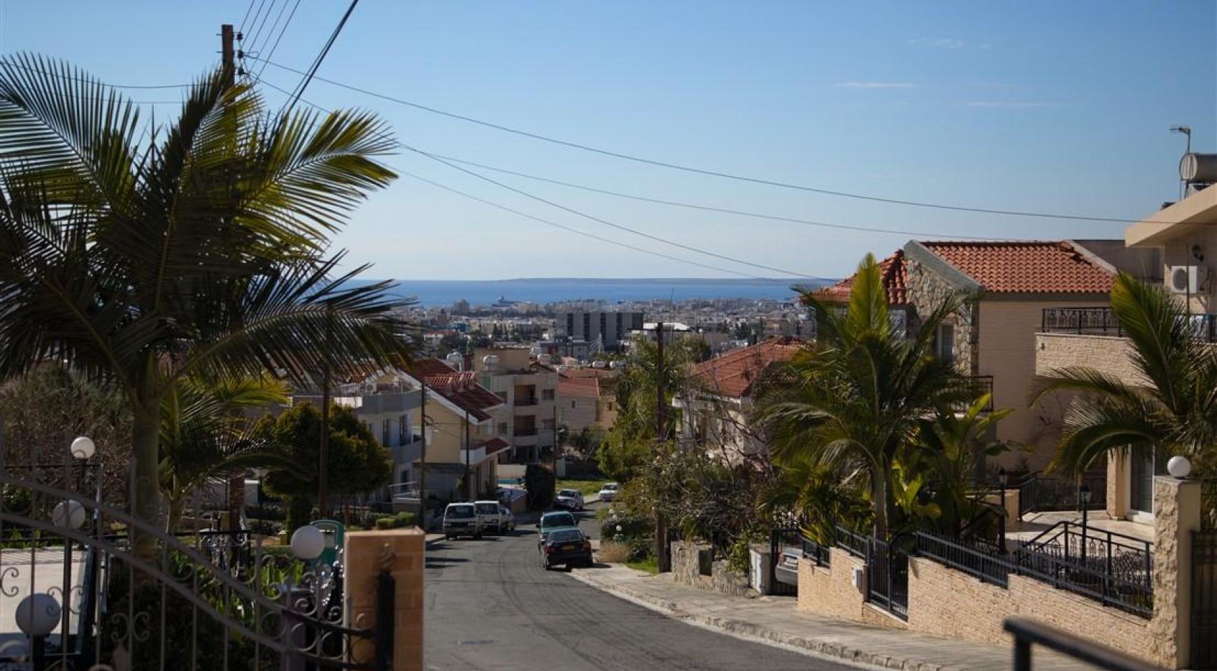 Spacious 5 Bedroom House in Agios Athanasios Area - 6