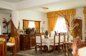 Spacious 5 Bedroom House in Agios Athanasios Area - 37