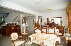 Spacious 5 Bedroom House in Agios Athanasios Area - 34
