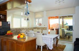 Spacious 5 Bedroom House in Agios Athanasios Area - 43
