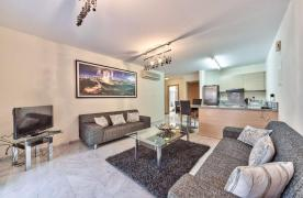 Luxury One Bedroom Apartment in a Prestigious Complex near the Sea - 11
