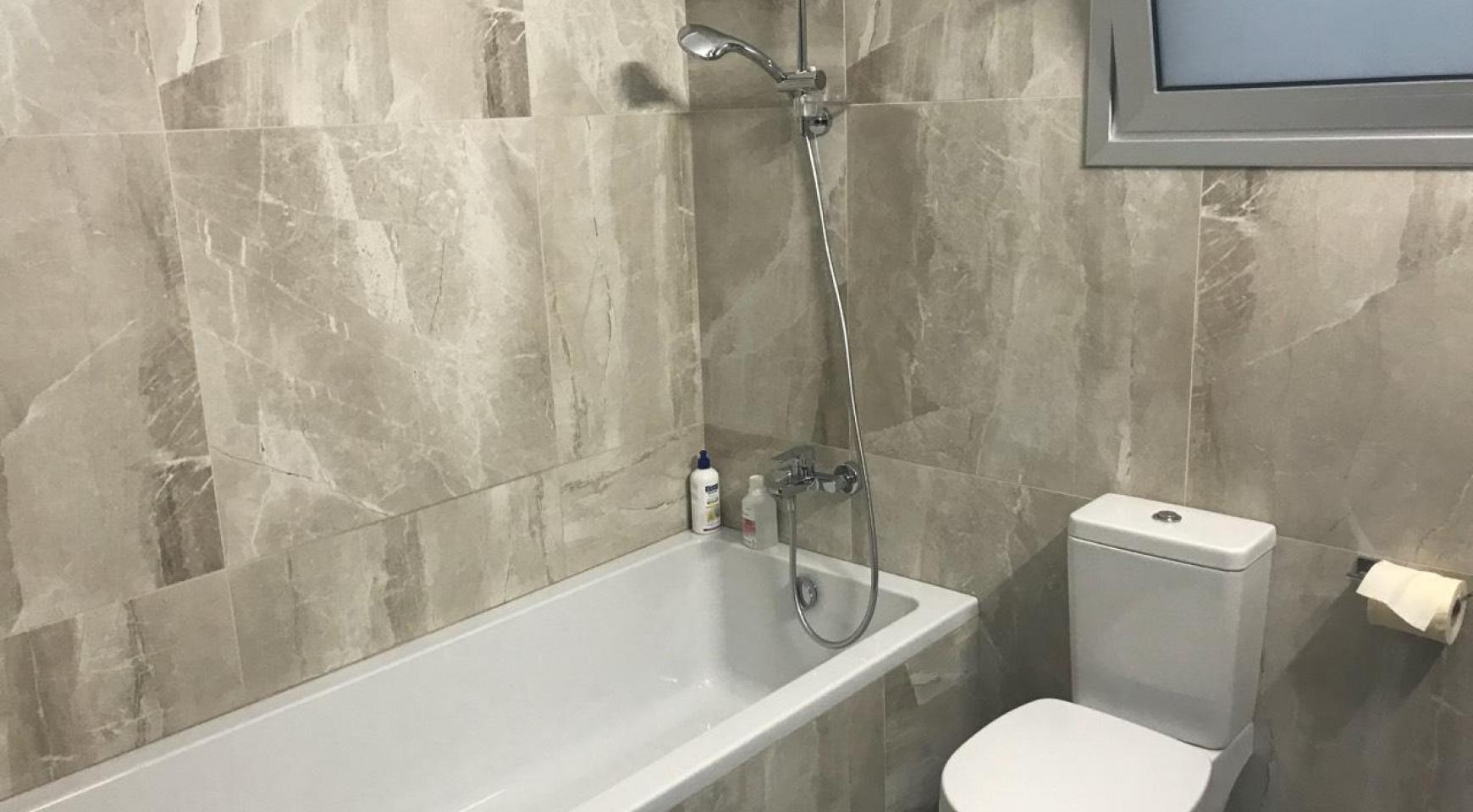 Modern 3 Bedroom Detached House in Polemidia Area - 14