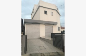 Modern 3 Bedroom Detached House in Polemidia Area - 20