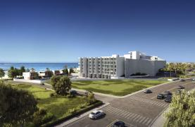 Contemporary 2 Bedroom Apartment in a New Complex by the Sea - 42