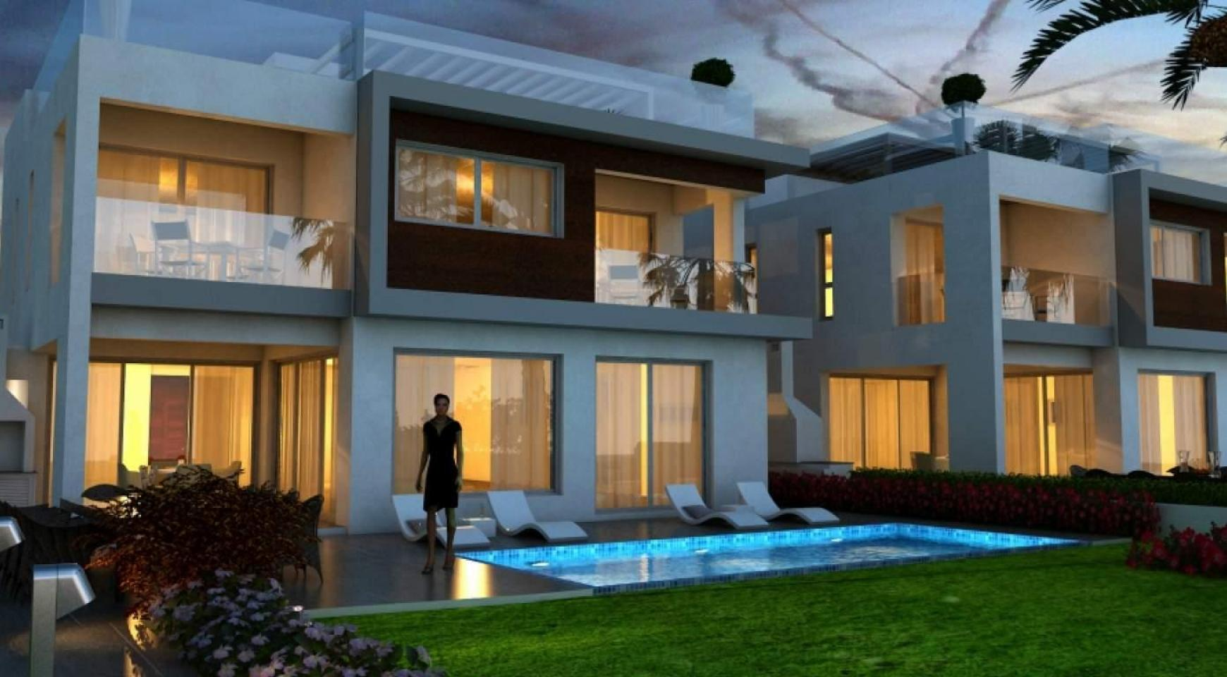 Contemporary Beachfront Villa with 5 Bedrooms - 6