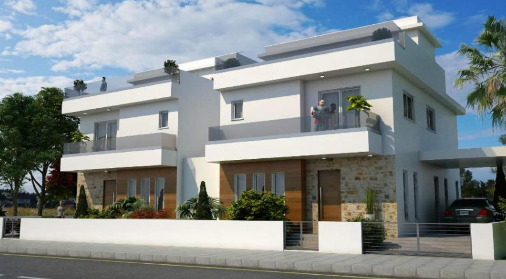 Luxury 4 Bedroom House In Oroklini Area - 2