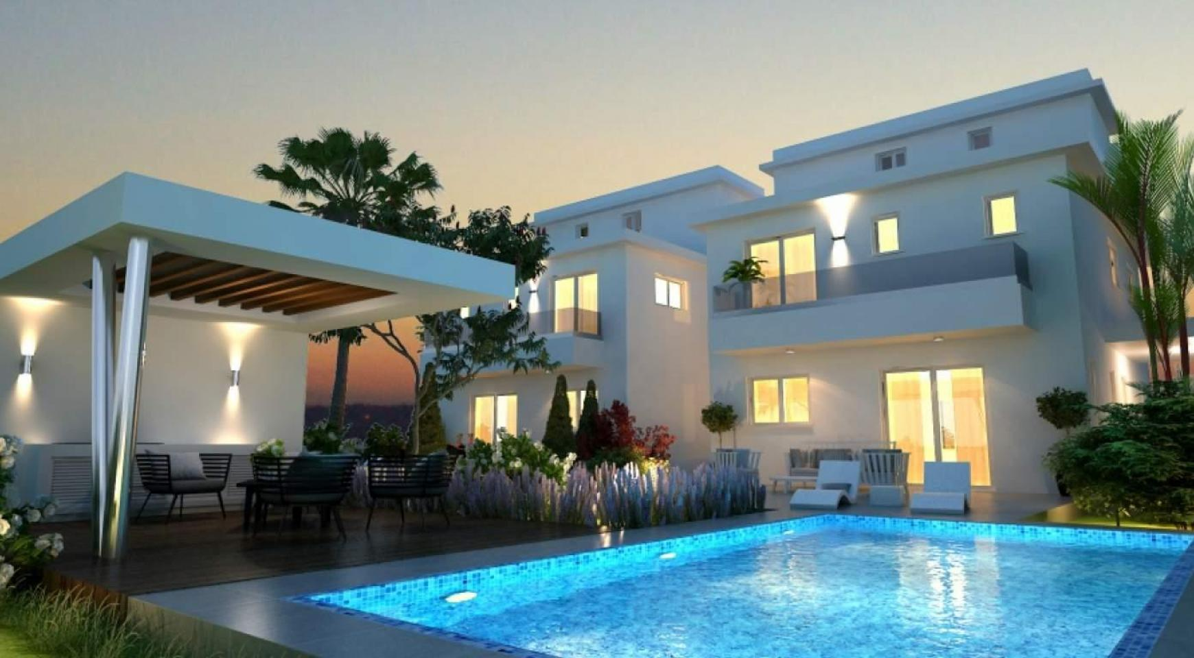 Luxury 4 Bedroom House In Oroklini Area - 1