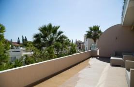 Luxury 3 Bedroom Apartment Thera Complex by the Sea - 59