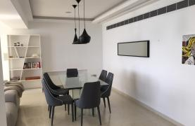 Luxury 3 Bedroom Apartment on the Seafront - 17