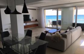 Luxury 3 Bedroom Apartment on the Seafront - 15