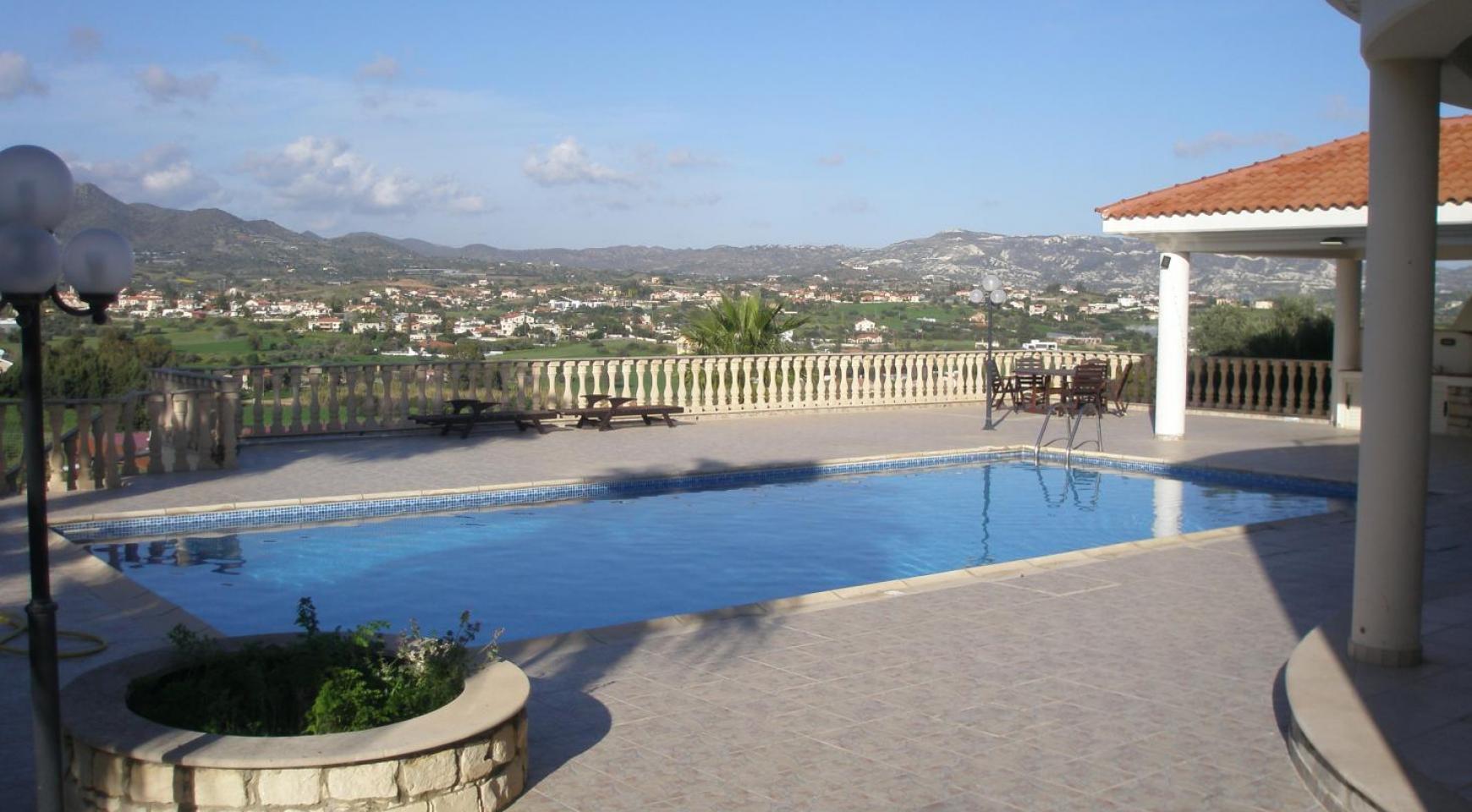 Spacious 5 Bedroom Villa with Magnificent Views in Pyrgos  - 1