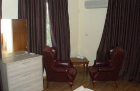 Spacious 5 Bedroom Villa with Magnificent Views in Pyrgos  - 58