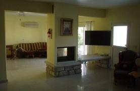 Spacious 5 Bedroom Villa with Magnificent Views in Pyrgos  - 46