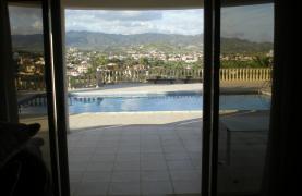 Spacious 5 Bedroom Villa with Magnificent Views in Pyrgos  - 45