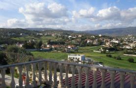 Spacious 5 Bedroom Villa with Magnificent Views in Pyrgos  - 40