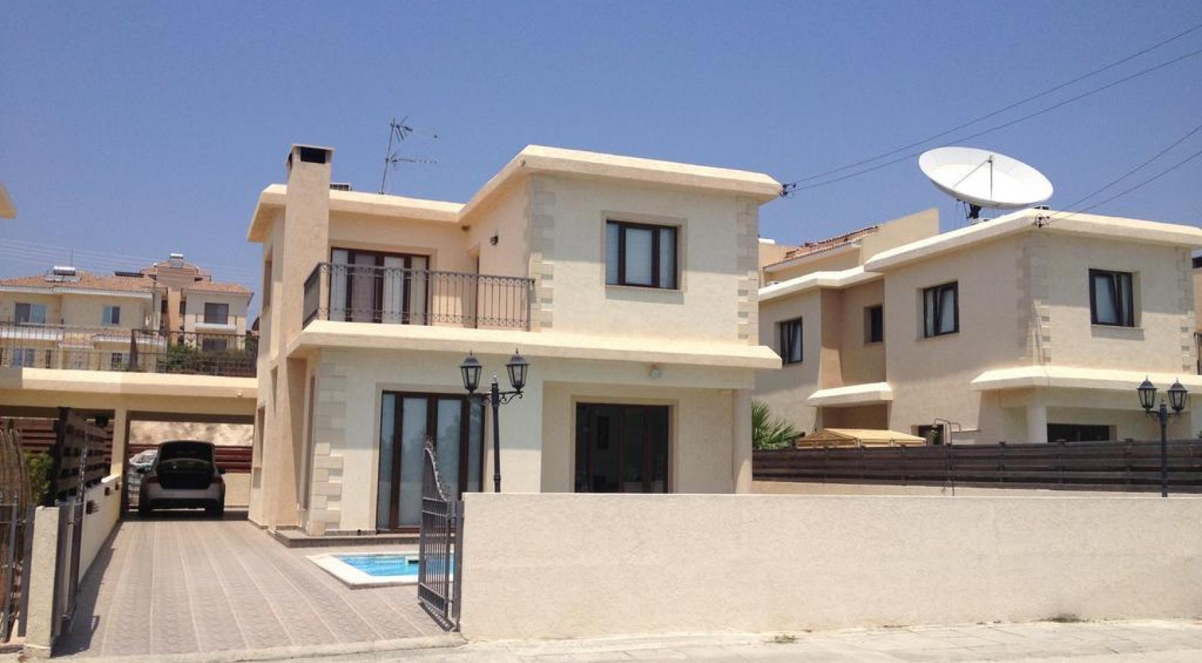 4 Bedroom Villa with Sea and Mountain Views in Pissouri Village - 3