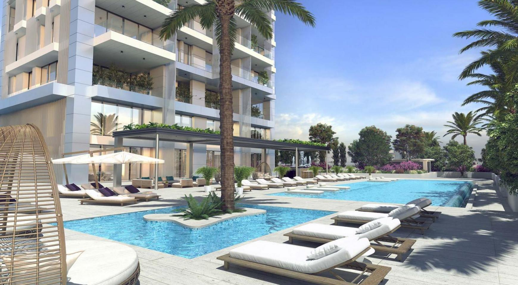 Contemporary 2 Bedroom Apartment with Sea Views in a Luxurious Complex - 13