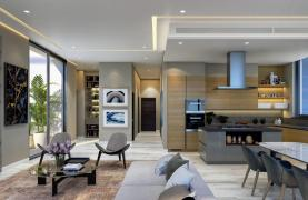 Contemporary 2 Bedroom Apartment with Sea Views in a Luxurious Complex - 25
