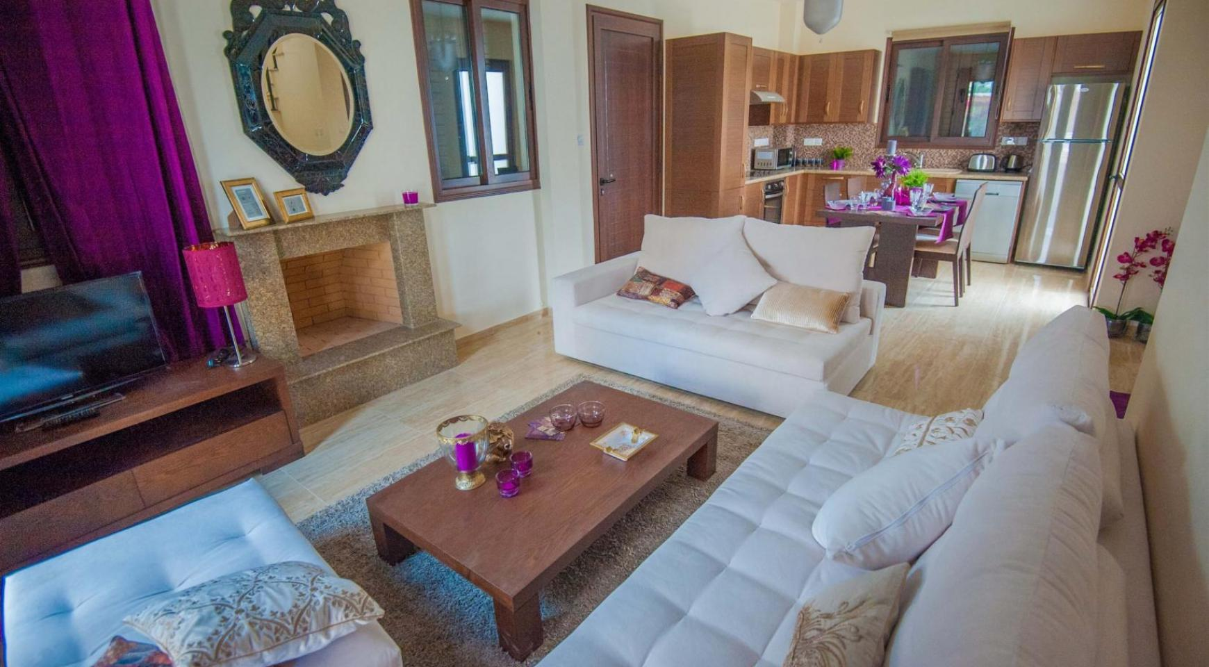 Detached 3 Bedroom Villa on the Seafront of Ayia Thekla - 3