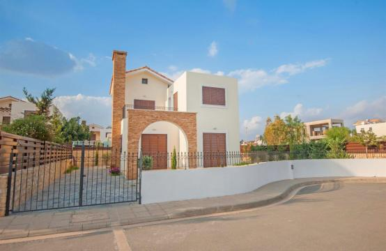 Detached 3 Bedroom Villa on the Seafront of Ayia Thekla